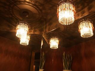 店舗用シャンデリア 照明デザインがもたらす空間演出